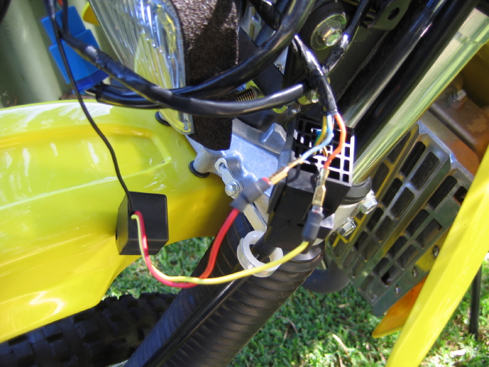 wires fitting led blinkers and tail light to a drz400e adventure rider drz 400 wiring harness at mifinder.co
